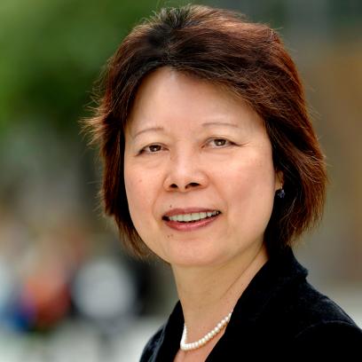 Ying Xiao, Accountant